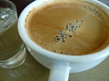 กาแฟร้อน ร้่านไร่ไทย