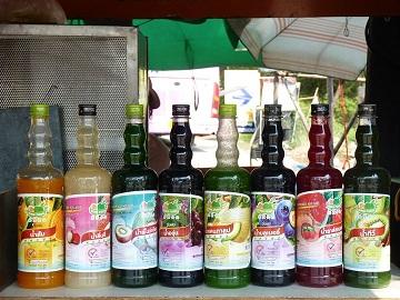 น้ำผลไม้ เข้มข้น ปั่นเย็น ร้านไร่ไทย